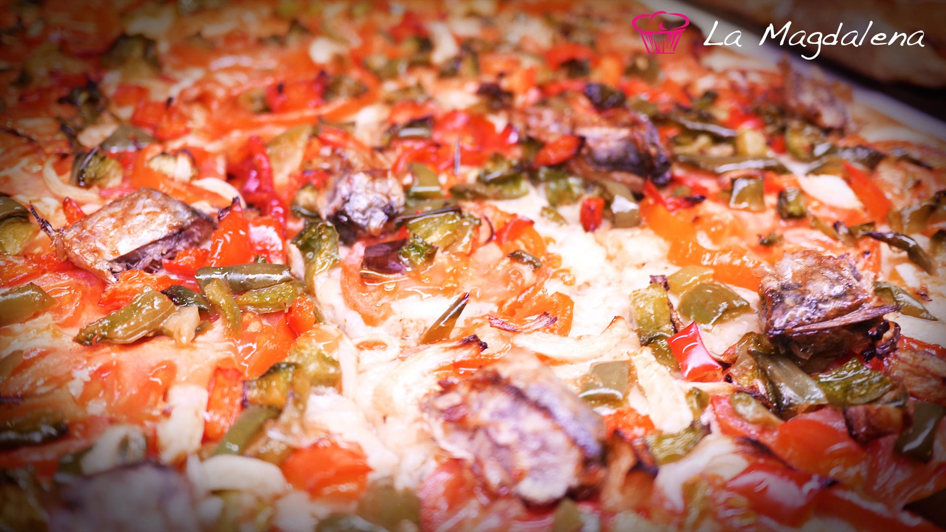Coca de verdura y sardina